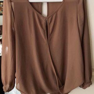 Sans Souci open back loose blouse
